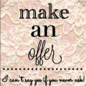 🤗💟All offers are considered!